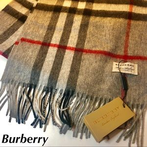 Burberry Cashmere Scarf Grey Check Print NEW